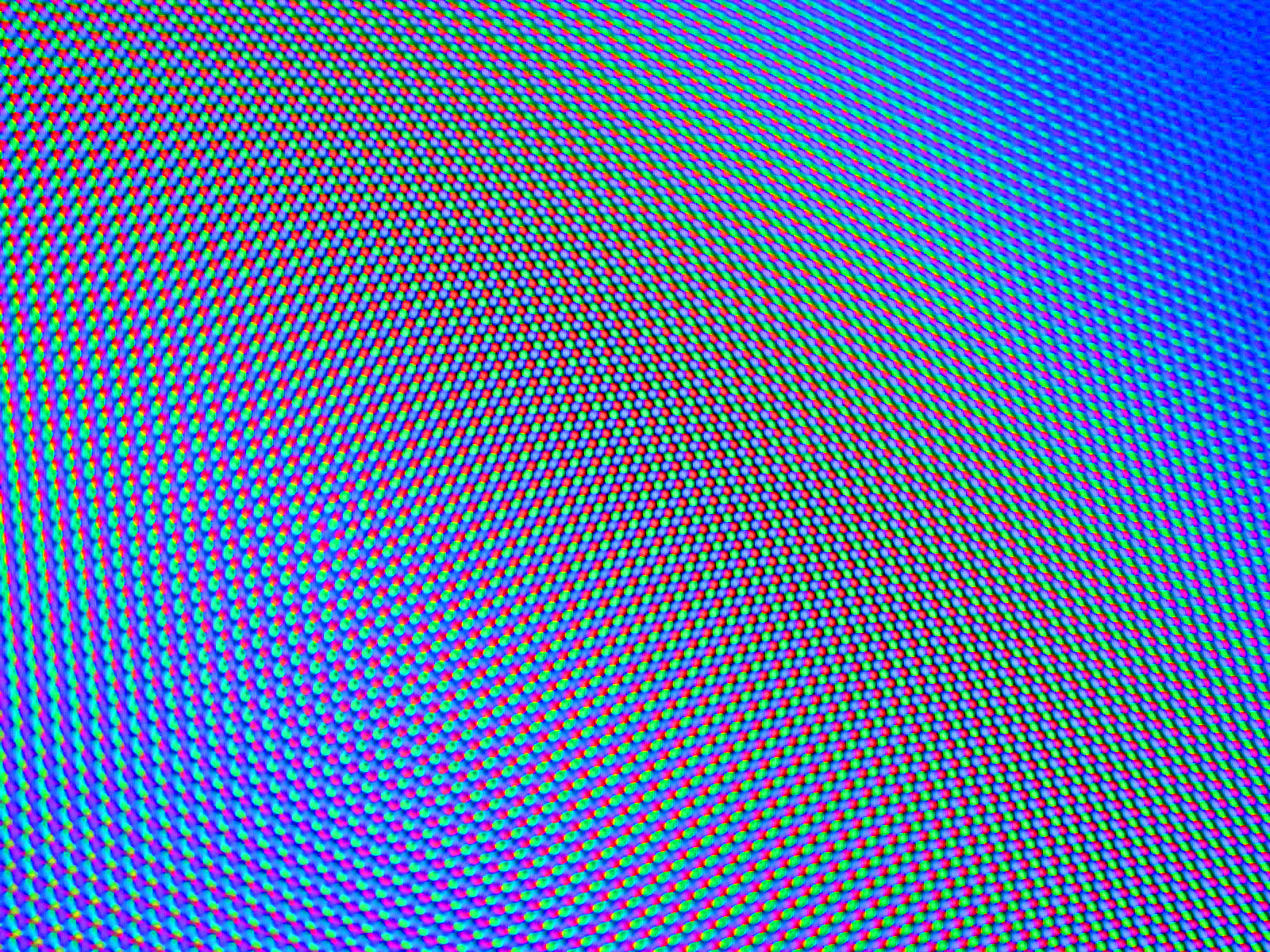 Tv Tricolour Dots